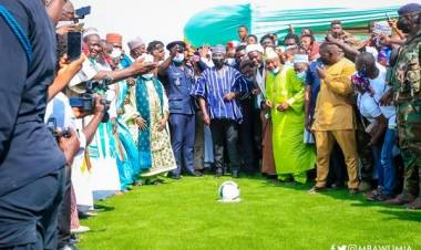 Bawumia Commissions Ultramodern Astro Turf in Walewale under Zongo Development Fund