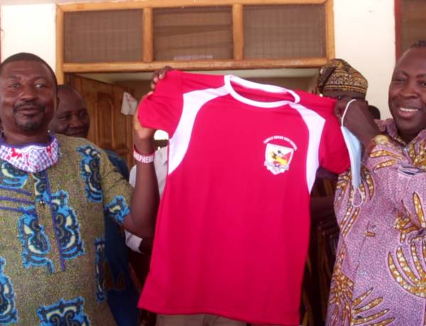 N/R: 1981 year batch of Tamale Senior High School donates Sporting equipment to alma mater
