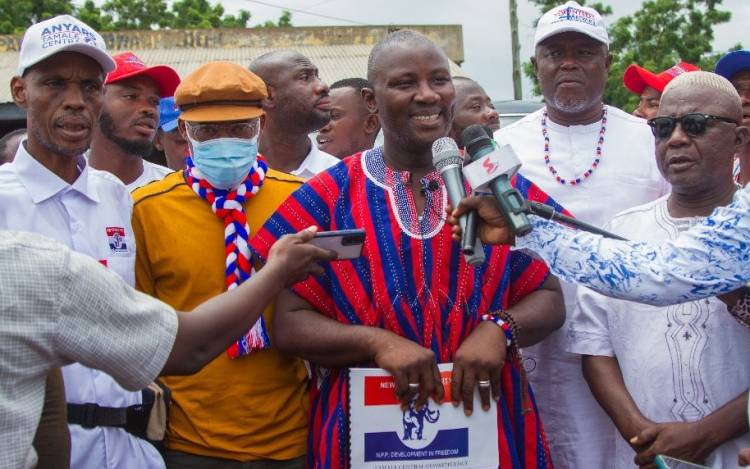 NPP MP aspirant for Tamale Central Constituency files for nomination